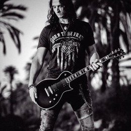 Incluidos en la web «guitarraespañola.net»!!